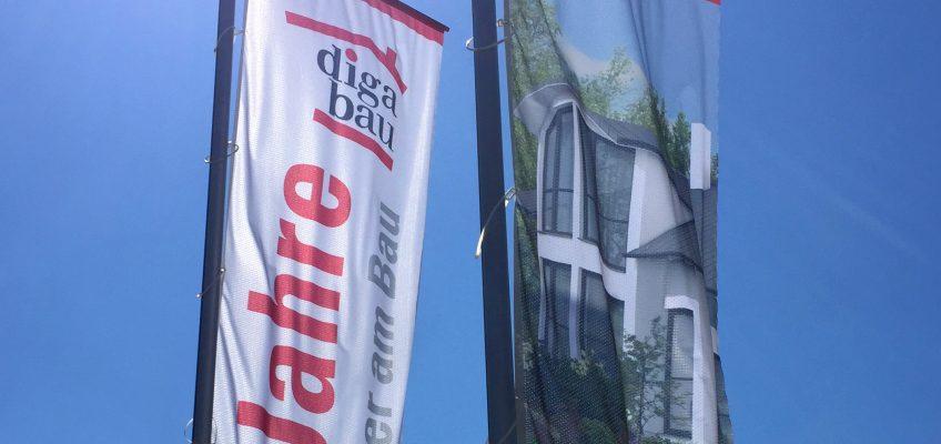 Fahnen für DiGa Bau
